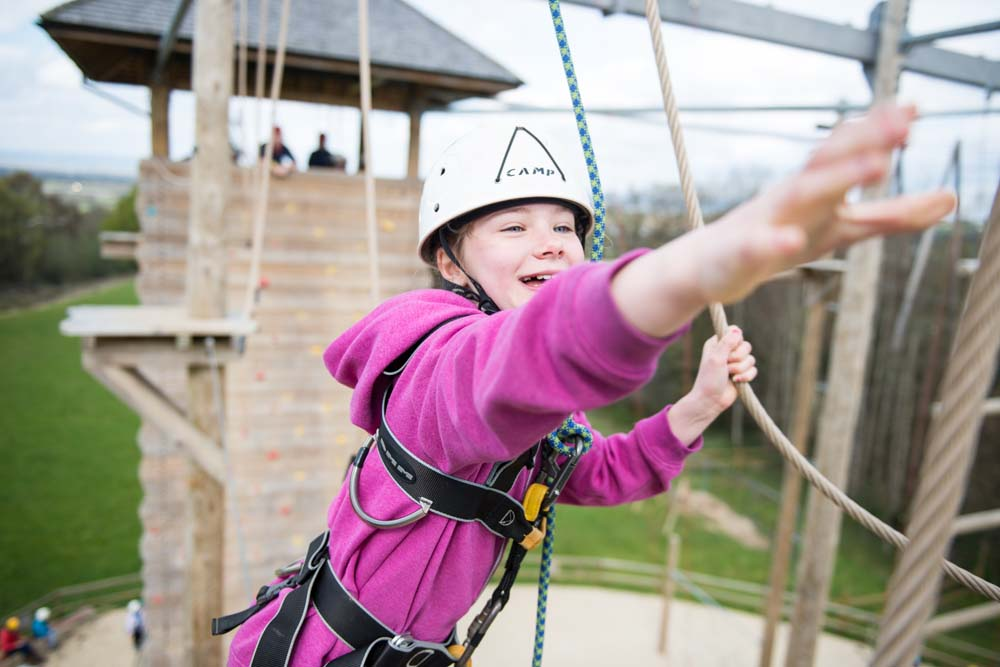 Cubs scout on high ropes